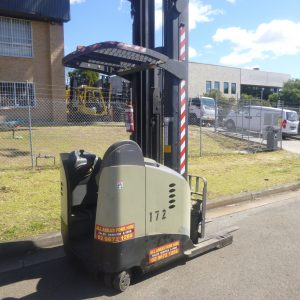 Refurbished Crown 8.1M Electric Reach Truck