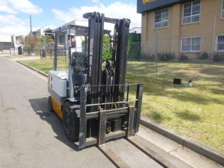 Refurbished TCM Electric Container Mast Forklift